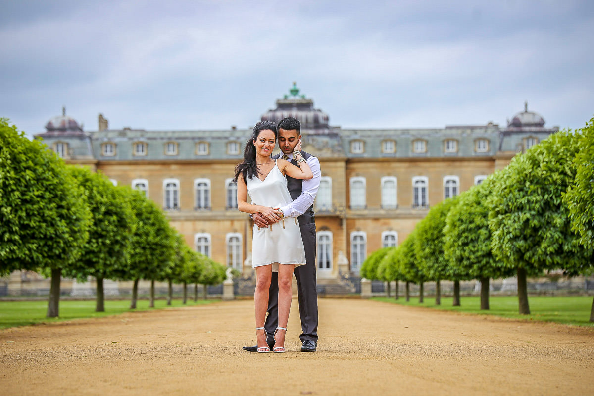 Couple posing at the Wrest Park Wedding
