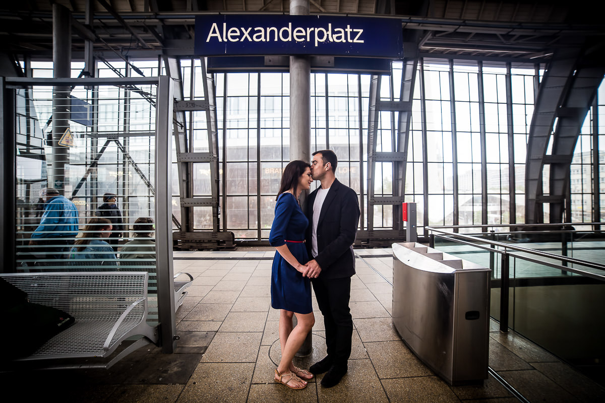 Love at the Alexanderplatz train station