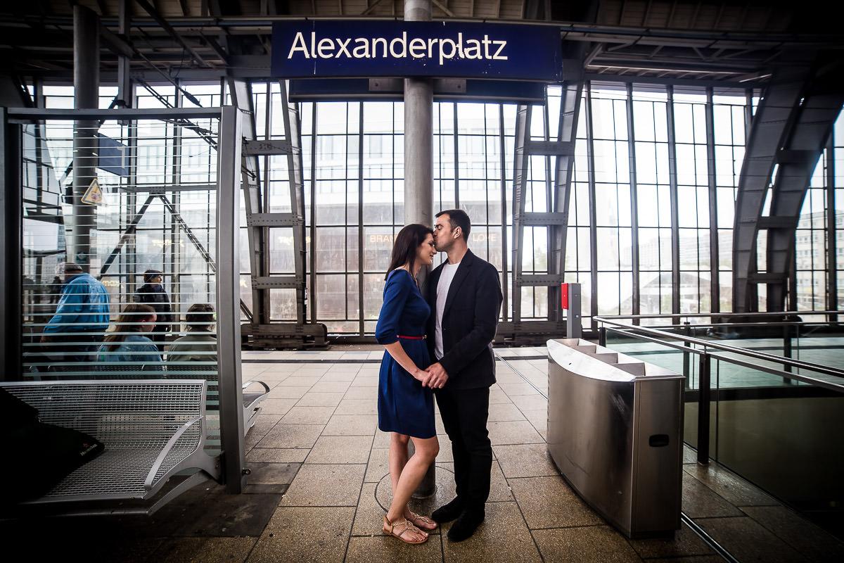 Love at the Alexanderplatz train station