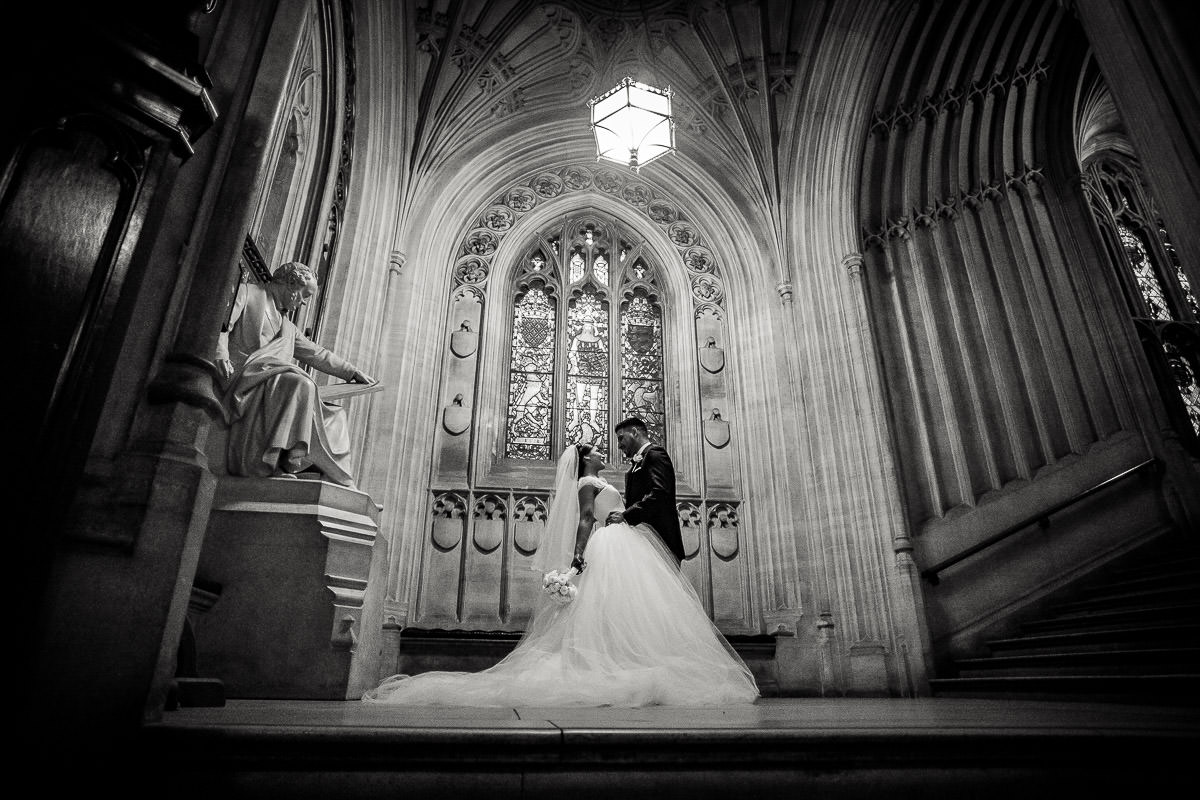 couple shoot at house of commons