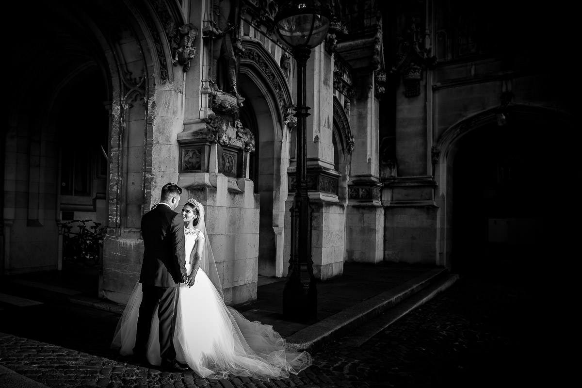 bride and groom at house of commons