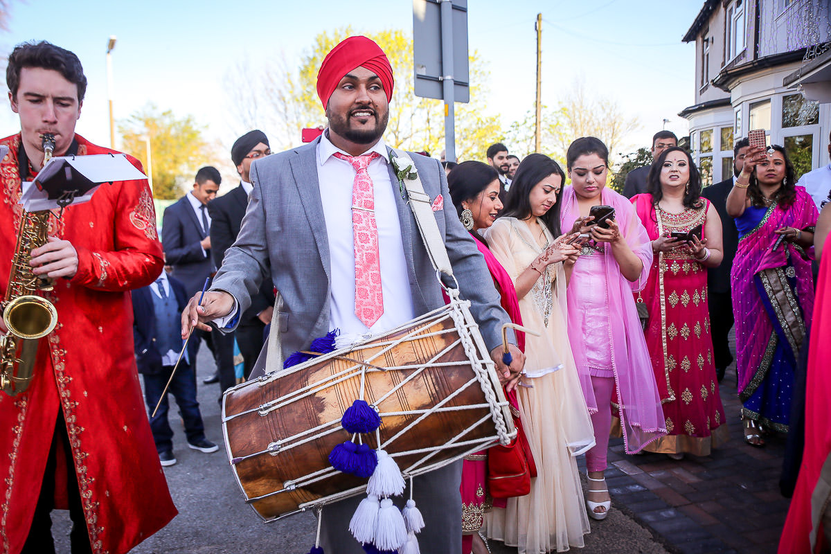 sikh wedding ceremony at birmingham gurdwara