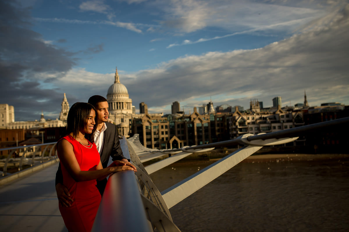 Millennium bridge engagement shoot