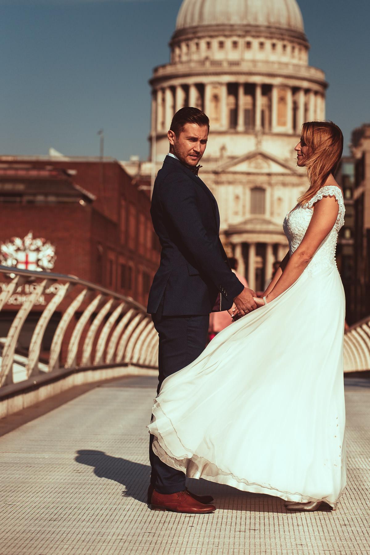 pre wedding shoot millennium bridge london