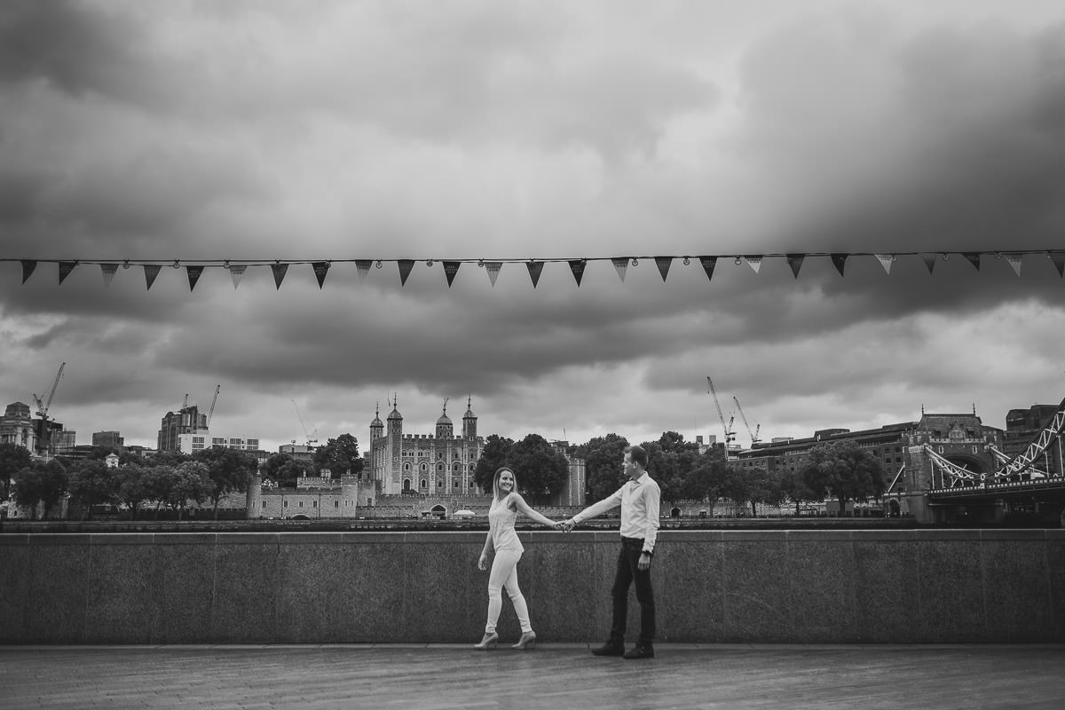 London Engagement Photos 8
