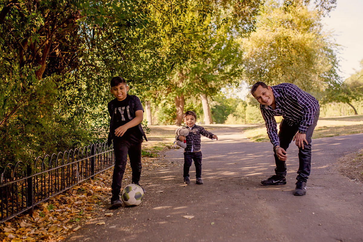 London Family Photographer Victoria Park