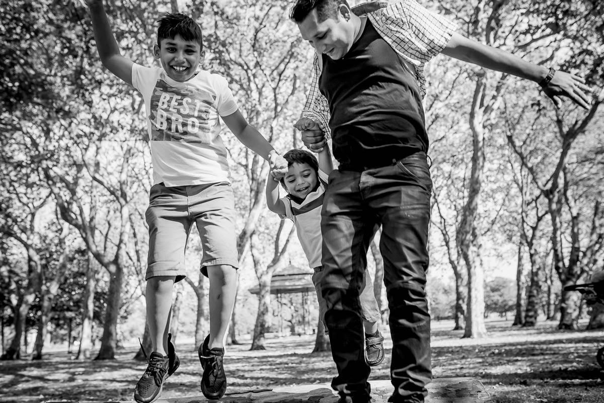 London Family Photographer Victoria Park 1