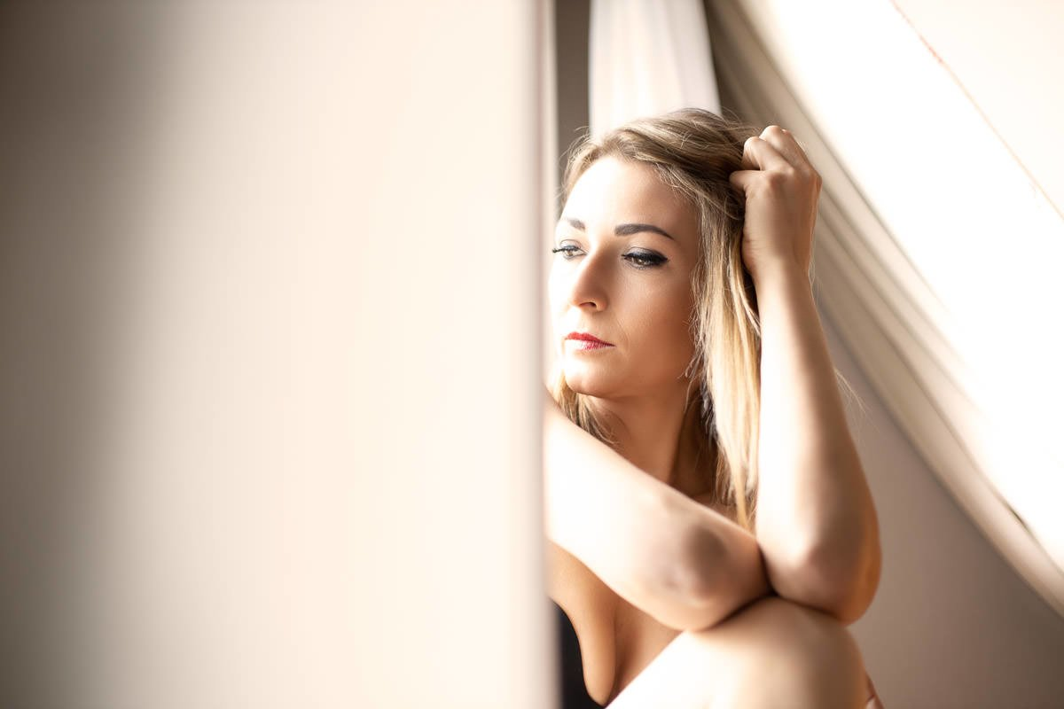 London Female Boudoir Photographer