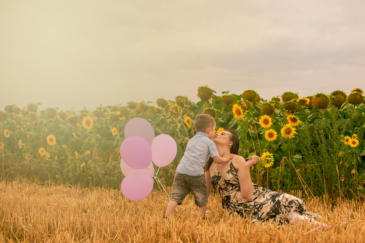 London Family Photography Sunflower Photo Session